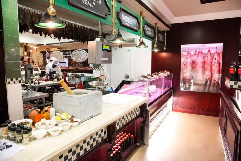 Interior de un carnicero de lujo Deli Store imágenes de archivo libres de regalías