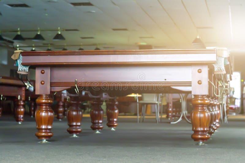 Interior de un club que tiene vectores de billar imagen de archivo libre de regalías