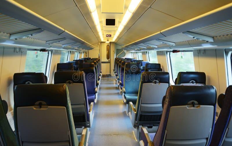 Interior de un coche de tren de alta velocidad fotos de archivo libres de regalías