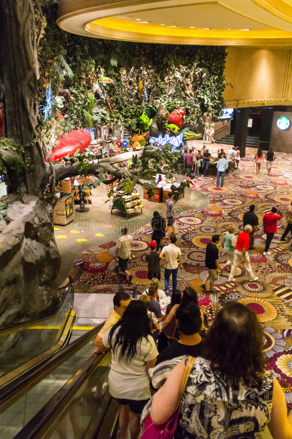Interior de un hotel de MGM en Vegas fotografía de archivo libre de regalías