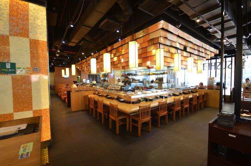 Interior de una barra del restaurante japonés imagen de archivo libre de regalías