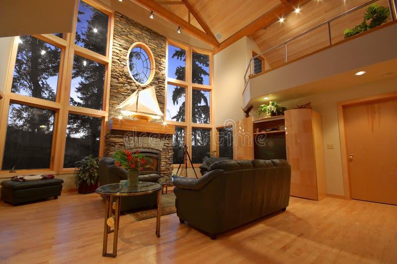 Interior de una casa exclusiva fotos de archivo libres de regalías
