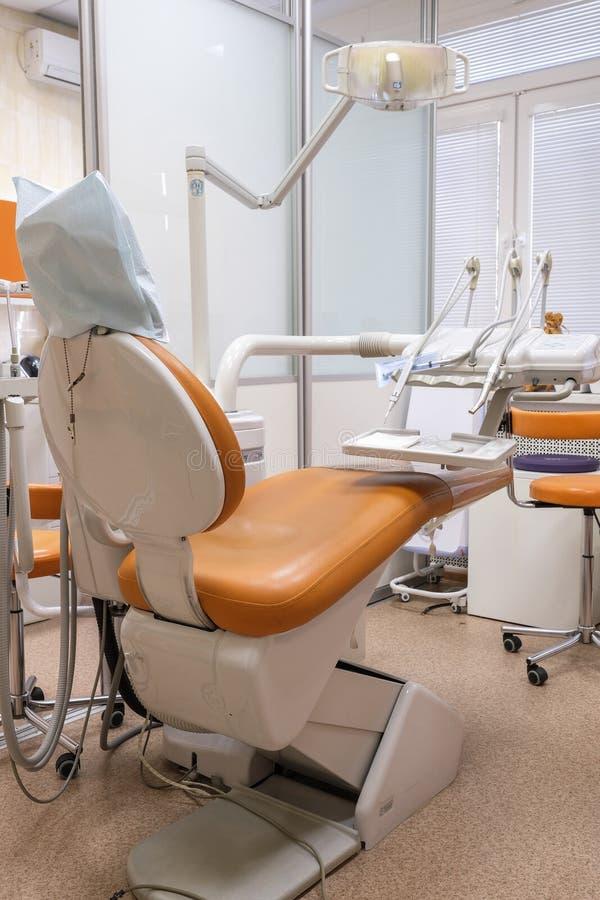 Interior de una clínica stomatologic fotografía de archivo