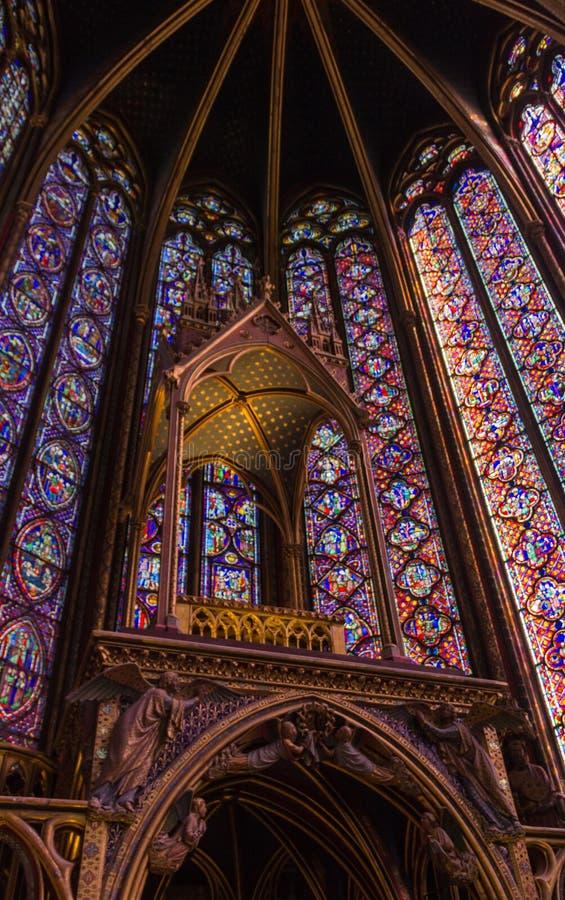 Interior del altar de Sainte-Chapelle imagen de archivo libre de regalías