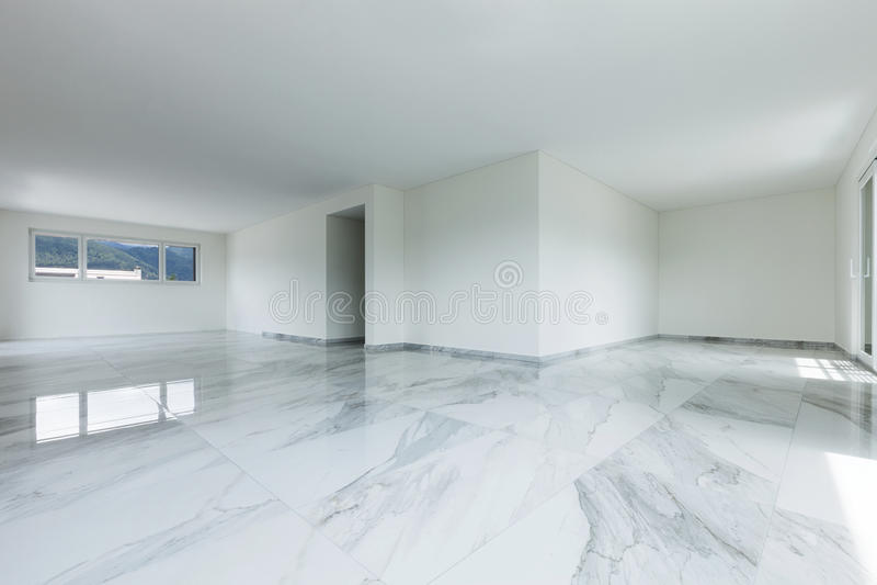 Interior del apartamento vacío imagen de archivo