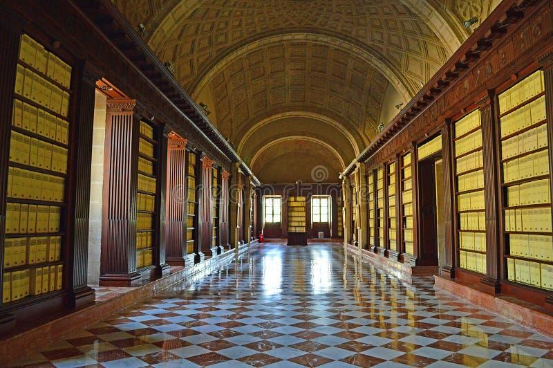 Interior del Archivo de Indias Sevilla fotos de archivo libres de regalías