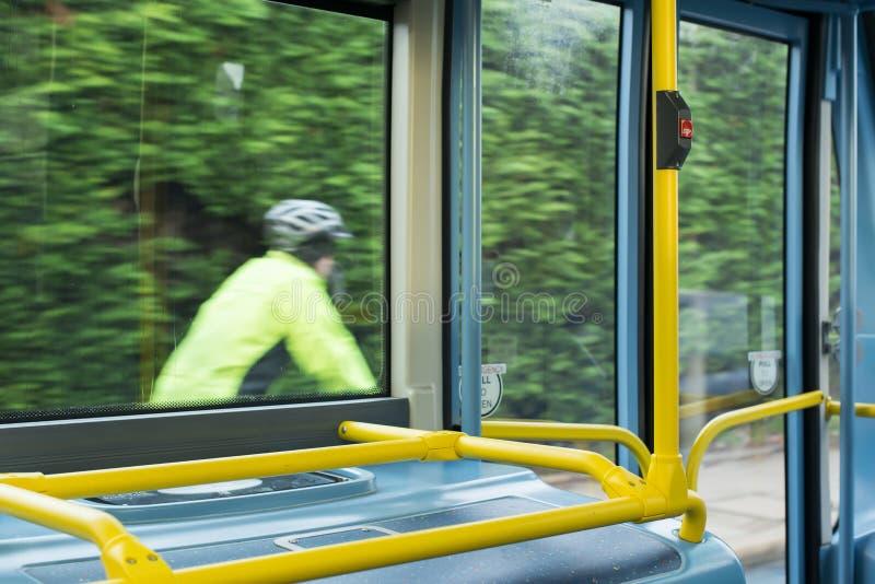 Interior del autobús en el transporte público imagen de archivo libre de regalías