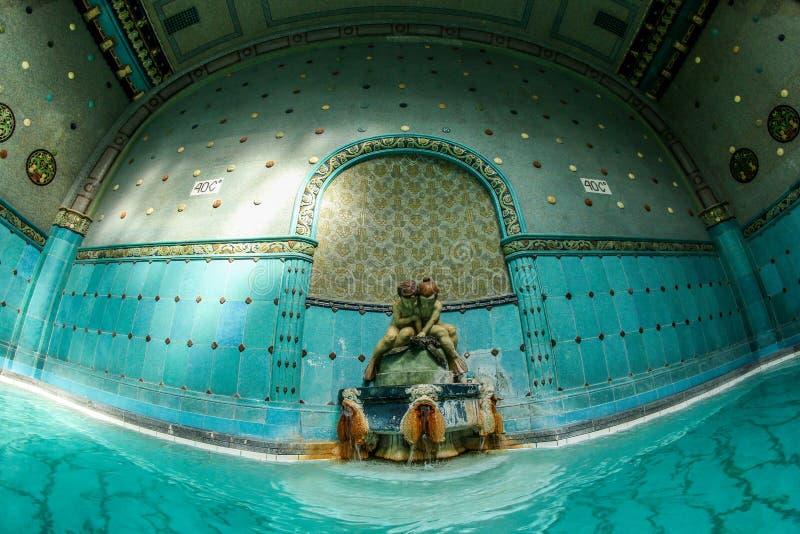 Interior del balneario de Gellert en Budapest fotos de archivo libres de regalías