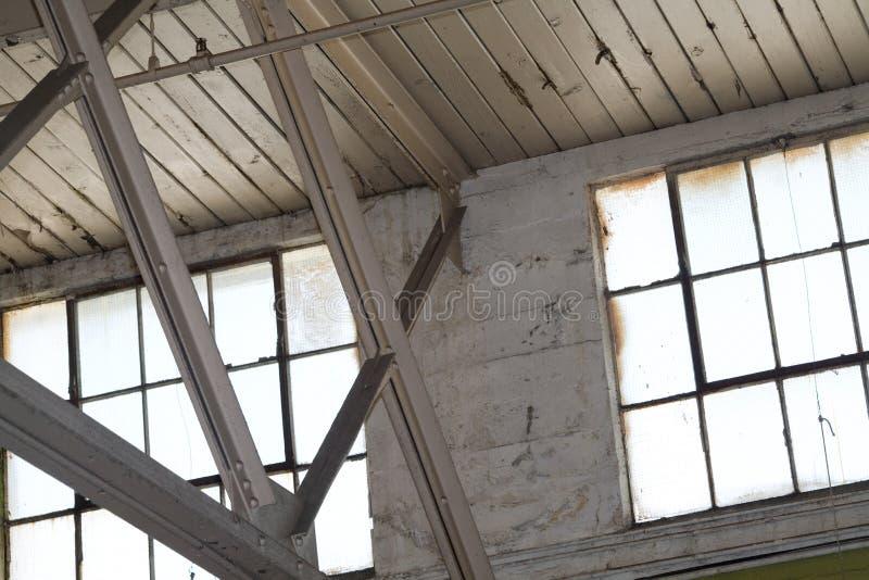 Interior del edificio industrial foto de archivo