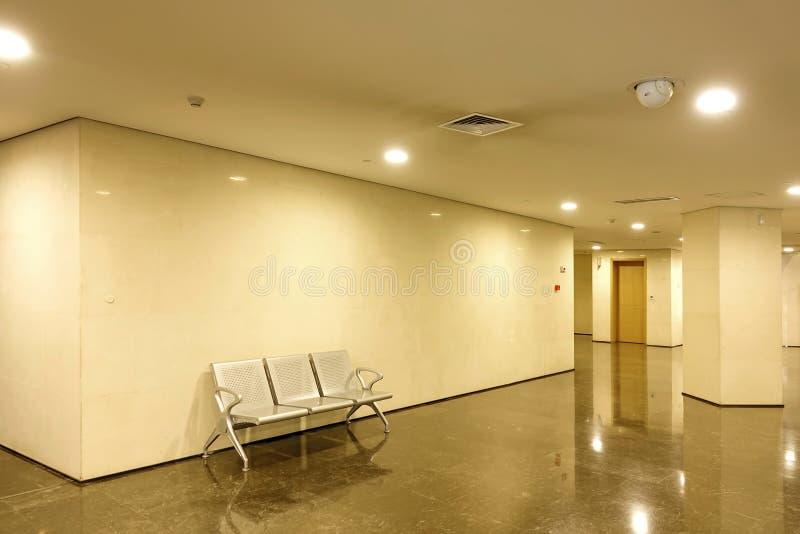 Interior del edificio moderno foto de archivo libre de regalías
