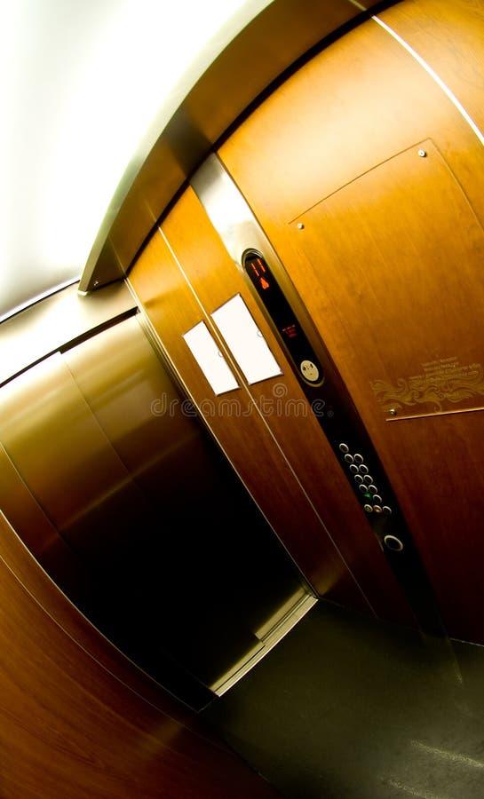 Interior del elevador imagenes de archivo