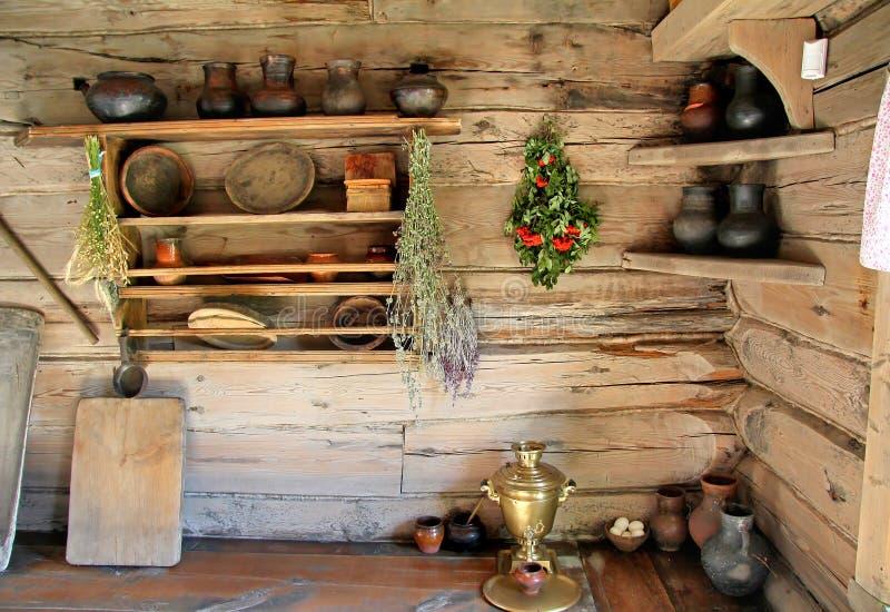 Interior del izba ruso imágenes de archivo libres de regalías