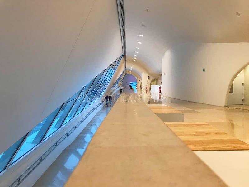 Interior del museo de Amanha, arquitectura de Santiago Calatrava imagen de archivo libre de regalías