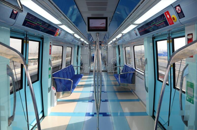 Interior del nuevo metro de Dubai fotografía de archivo