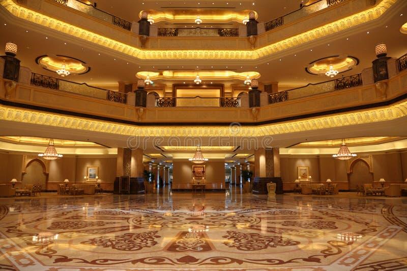 Interior del palacio de los emiratos imagenes de archivo