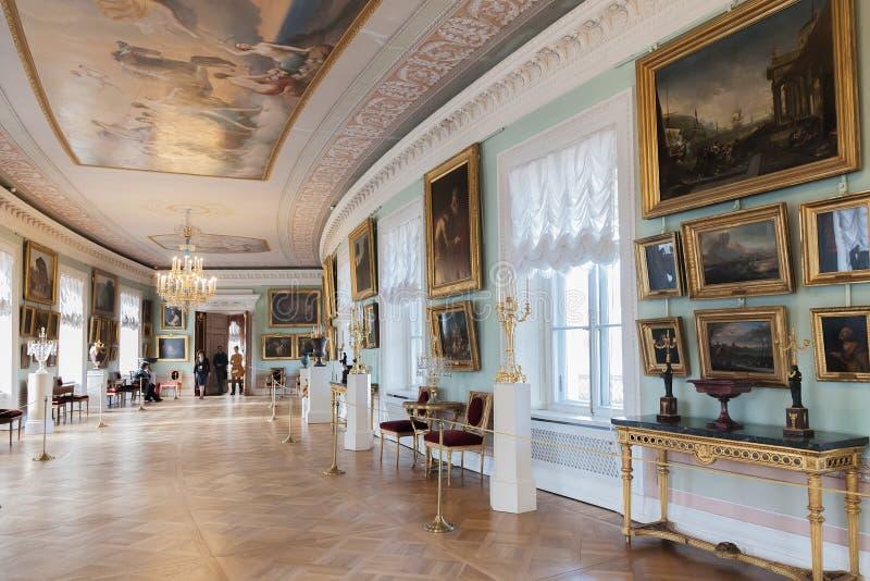 Interior del palacio de Pavlovsk, residencia imperial rusa, nea fotos de archivo libres de regalías