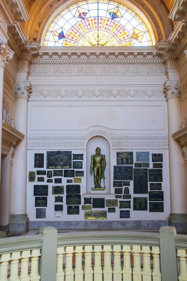 Interior del panteón nacional de los héroes en Asuncion, Paragua imagen de archivo libre de regalías
