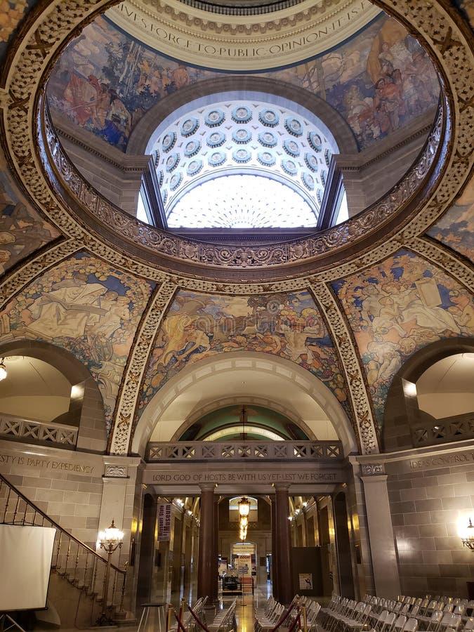 Interior del techo los E.E.U.U. del edificio del capitol del estado de Missouri foto de archivo