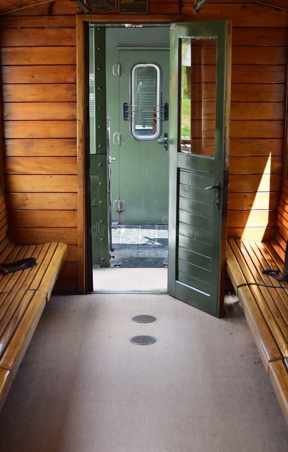 Download Interior Del Tren Del Vintage Imagen de archivo - Imagen de carril, wooden: 100532901