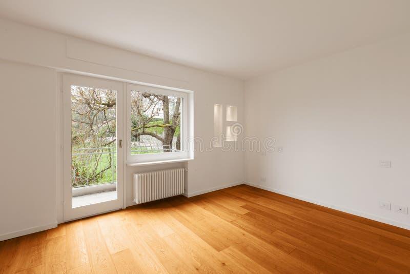 Interior do apartamento moderno, sala vazia imagem de stock