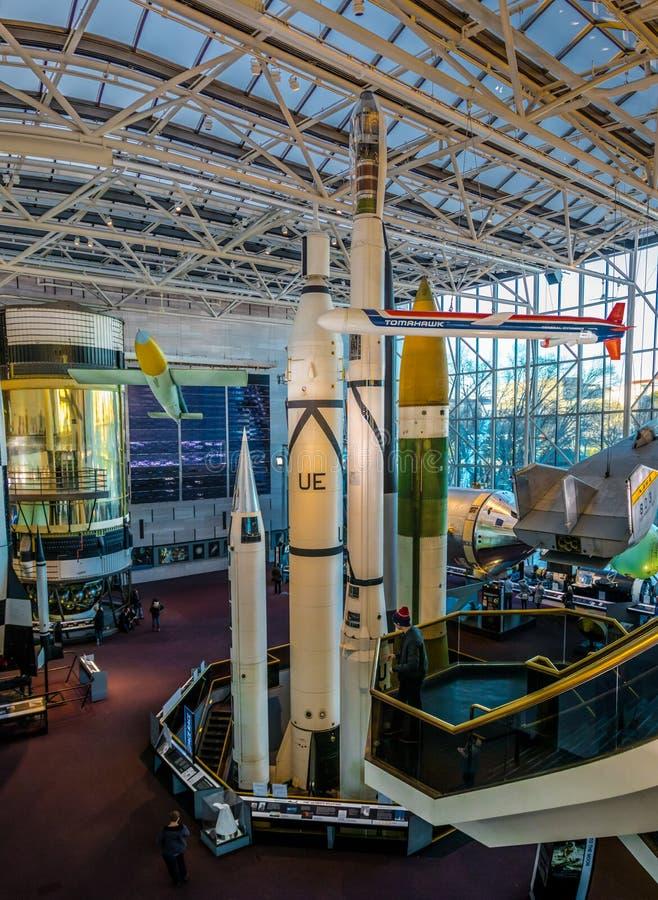 Interior do ar nacional e do museu de espaço de Smithsonian Institution - o Washington, D C , EUA fotos de stock