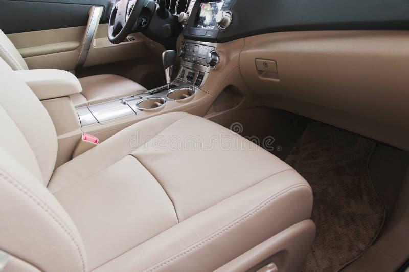 Download Interior do carro imagem de stock. Imagem de bonito, carro - 26518679