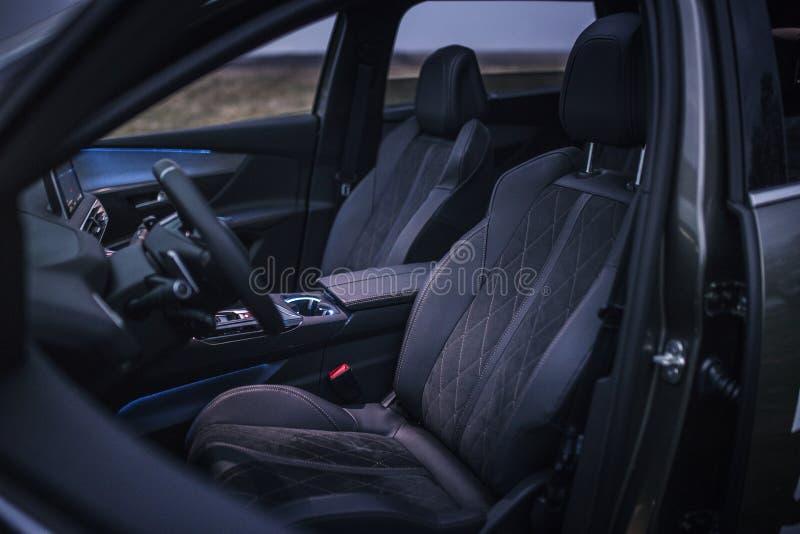 Interior do carro: Front Car Seats imagem de stock