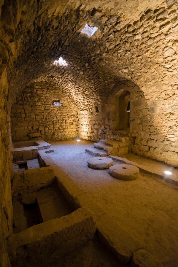 Interior do castelo de Kerak, Al-Karak, Jordânia, Médio Oriente fotos de stock royalty free