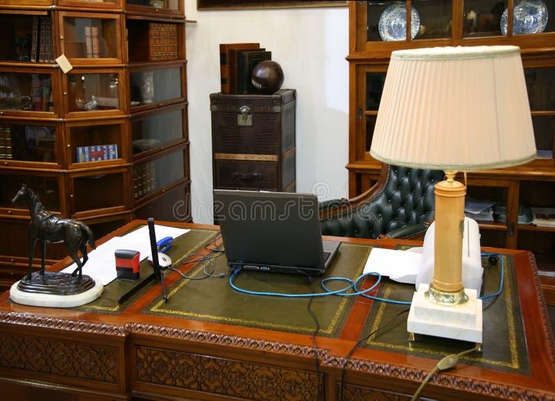 Interior do gabinete fotografia de stock