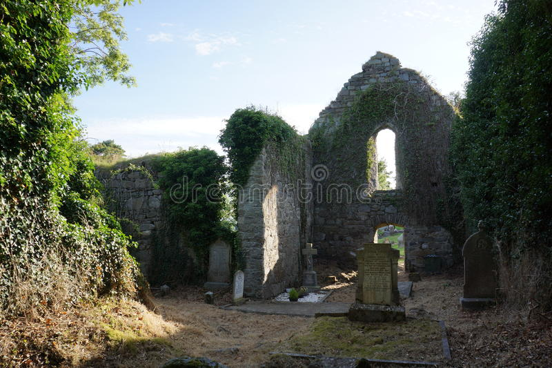 Interior do mosteiro de Killydonnell fotos de stock