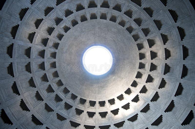 Interior do panteão em Roma, Italy imagem de stock royalty free