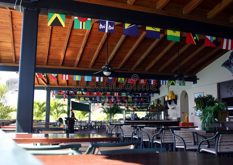Interior do restaurante com bandeiras fotos de stock