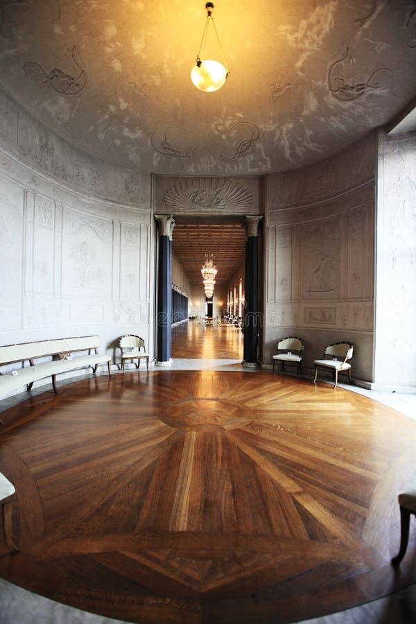 Interior do salão de cidade em Éstocolmo fotografia de stock royalty free