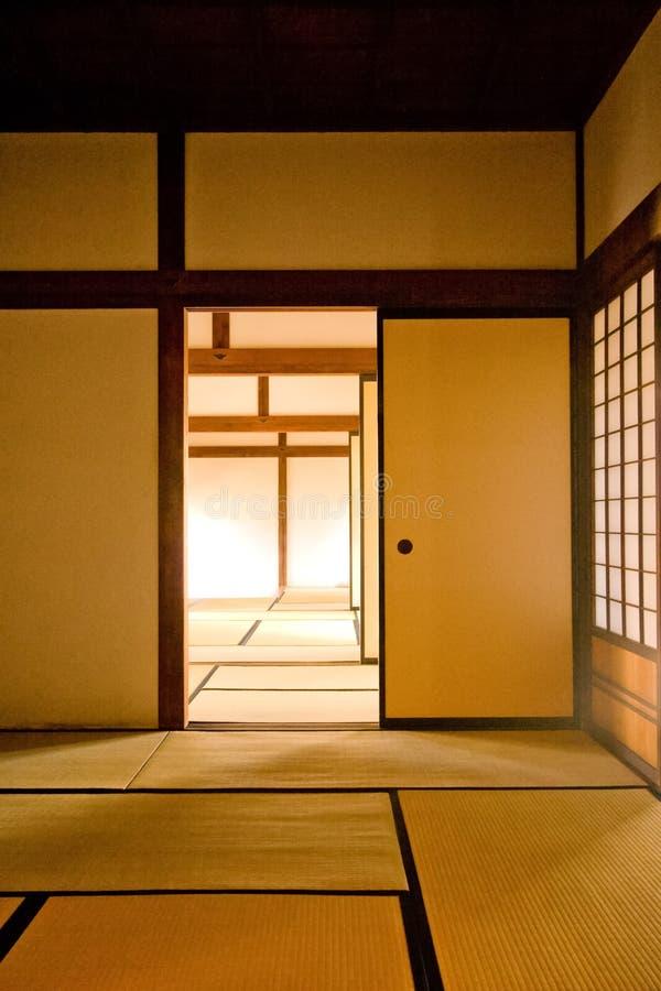Interior do salas japonesas tradicionais foto de stock royalty free