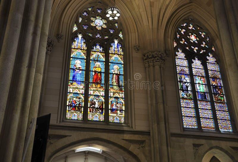 Interior do St Patrick Cathedral do Midtown Manhattan em New York City no Estados Unidos fotos de stock