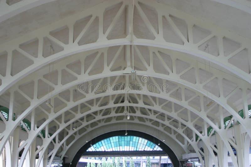 Interior do telhado de aço imagem de stock