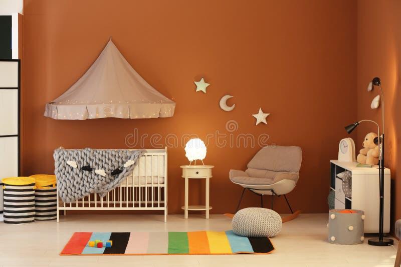 Interior elegante del sitio del bebé imágenes de archivo libres de regalías