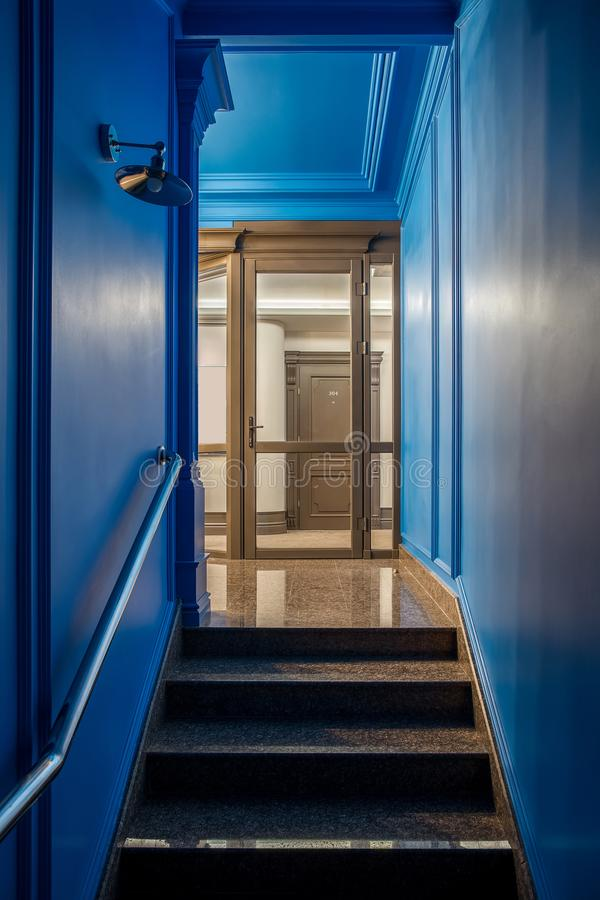 Interior elegante en hotel imágenes de archivo libres de regalías