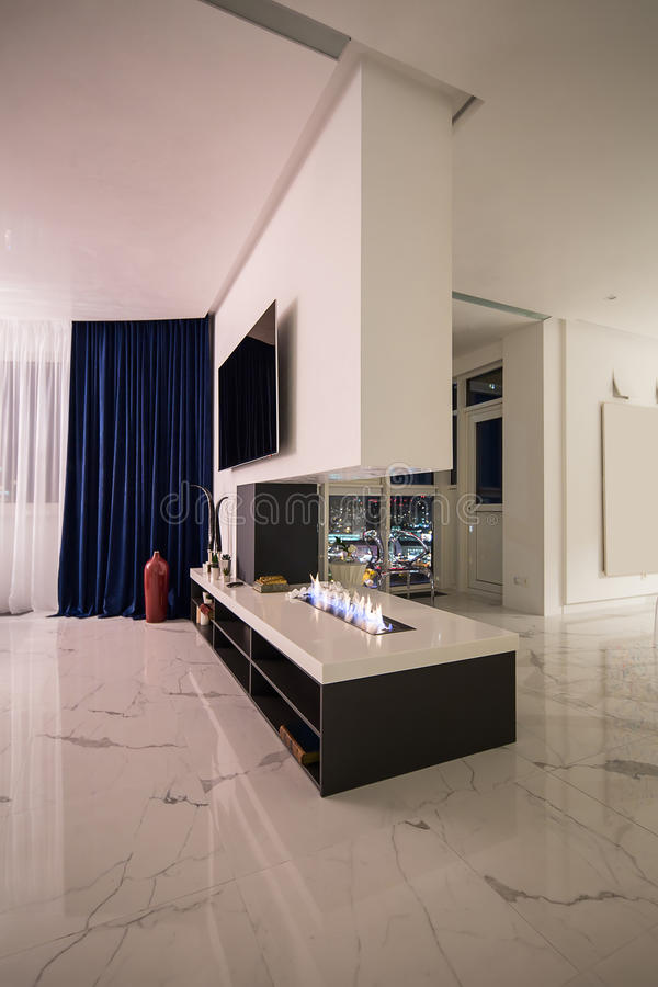 Interior en estilo moderno fotografía de archivo libre de regalías