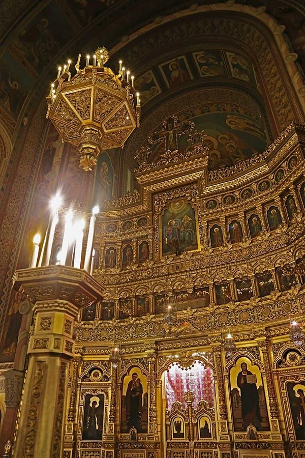 Interior en la catedral ortodoxa 6 de Timisoara fotografía de archivo libre de regalías