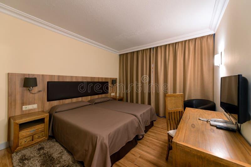 Interior estándar del sitio doble del hotel fotografía de archivo