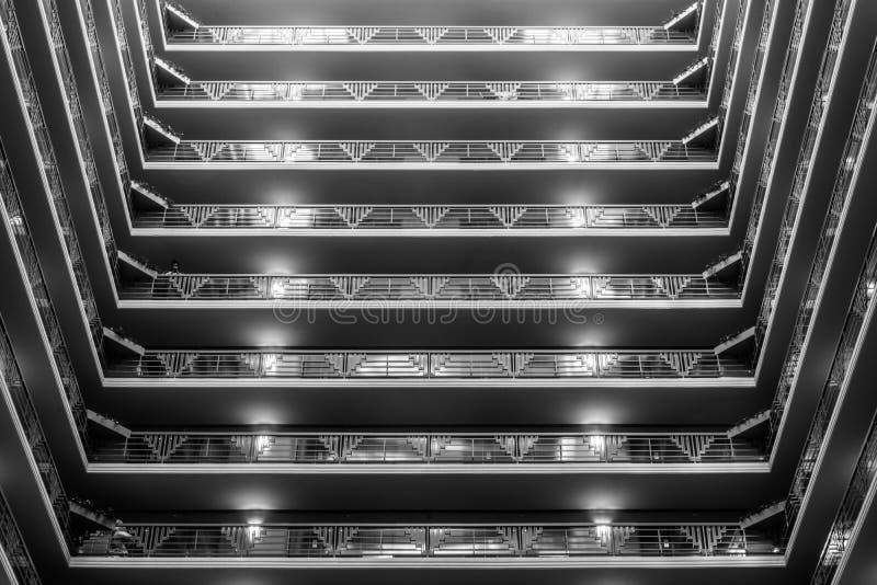 Interior geométrico espeluznante, dystopian, y frío yo imagen de archivo libre de regalías