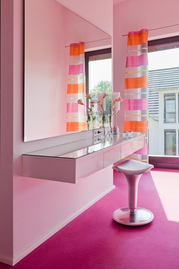 Interior hermoso de un cuarto de baño moderno fotos de archivo libres de regalías