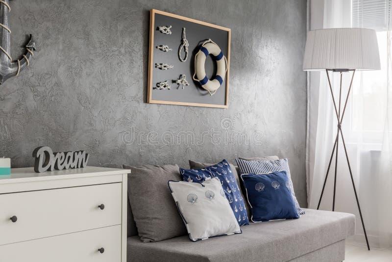 Interior home cinzento foto de stock