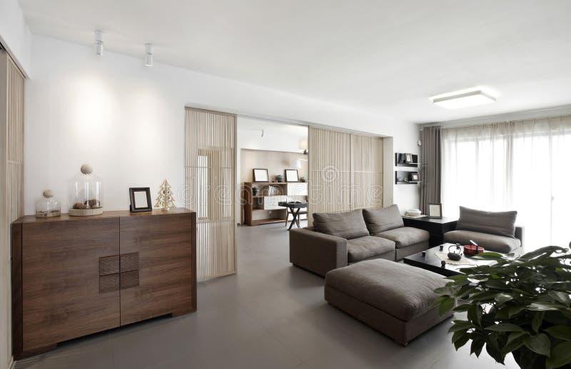Interior home elegante e confortável imagens de stock royalty free