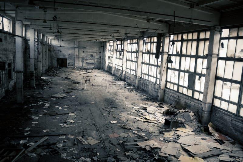 Interior industrial abandonado fotos de archivo