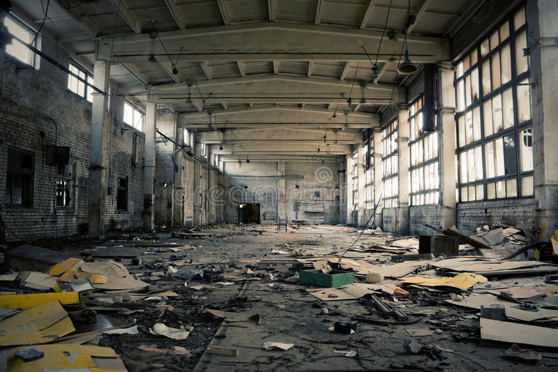 Interior industrial abandonado imagenes de archivo