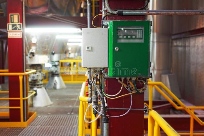 Interior industrial de um central elétrica genérico foto de stock