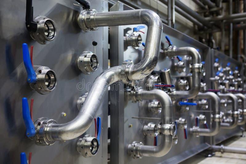 Interior industrial de uma fábrica do álcool imagem de stock royalty free