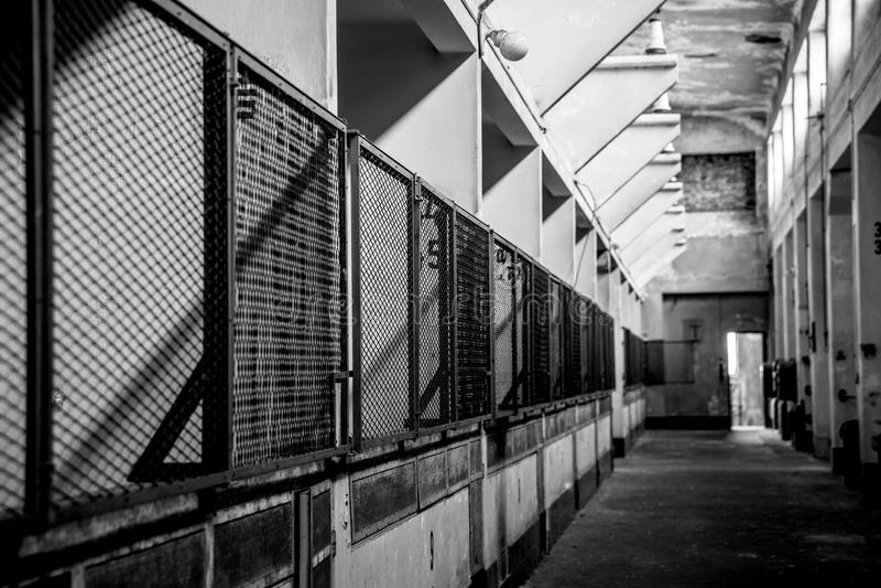 Interior industrial oscuro foto de archivo libre de regalías